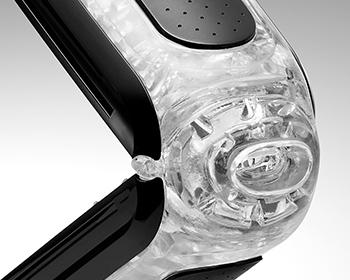 ゲルとヒンジが一体となったシームレスな挿入口(インテグレーテッド・ピボット)により、挿入感が格段に向上。